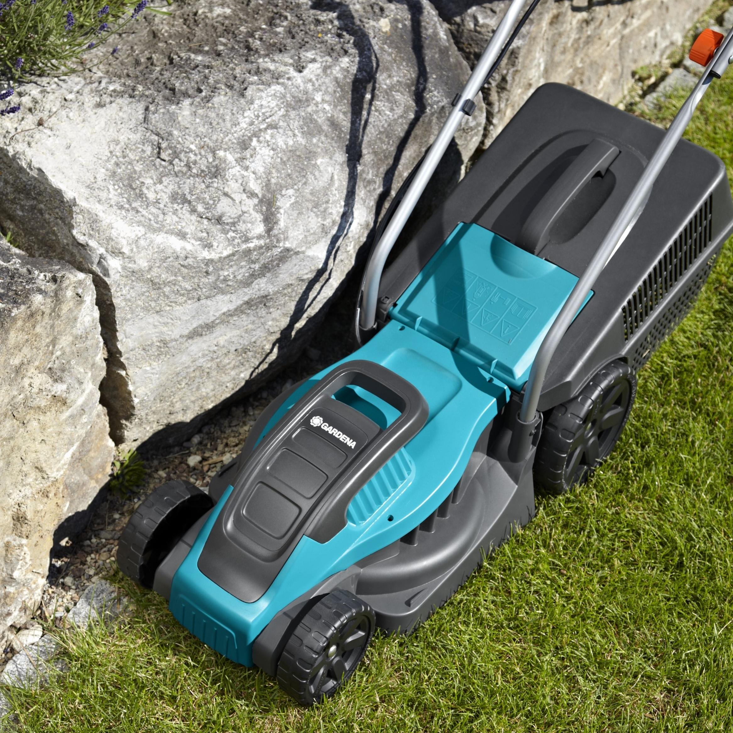 газонокосилка электрическая Gardena Powermax 1100 32 отзывы