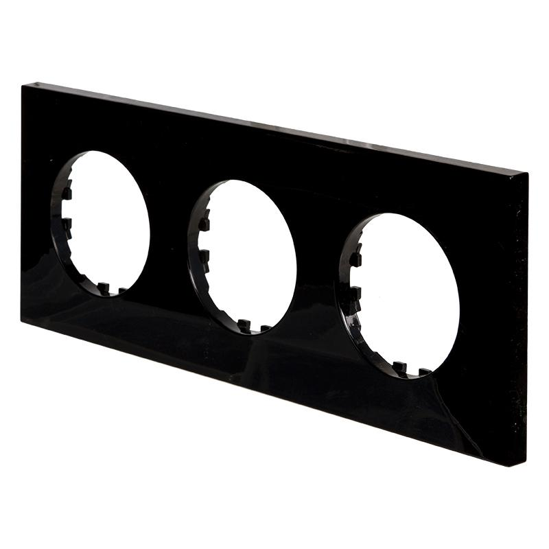 Рамка LK Vintage-Quadro 3 поста квадратная, черная