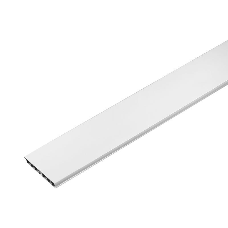 Цоколь пластиковый 300x10 см цвет белый